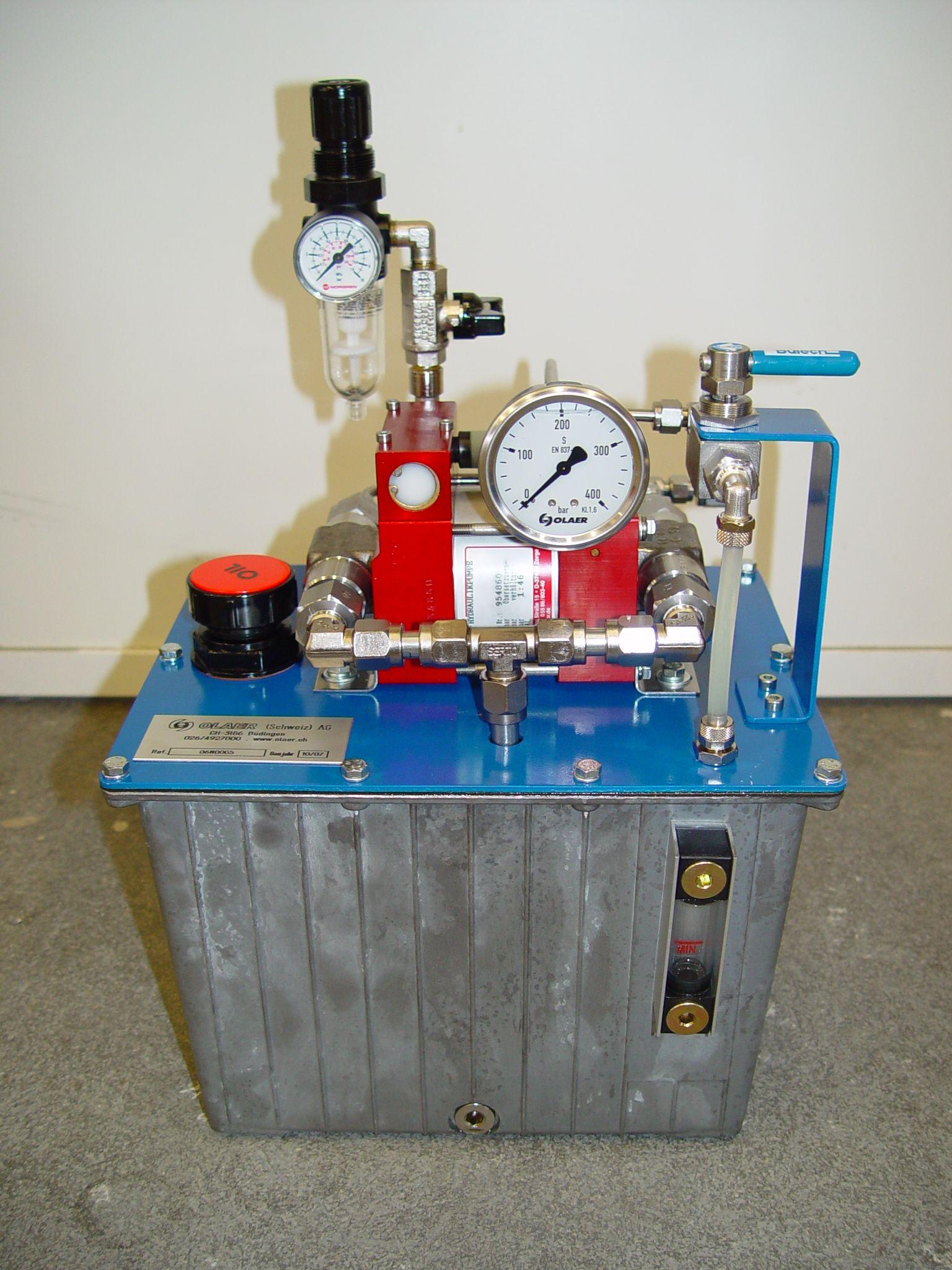 Agregát pro testování hasicích přístrojů